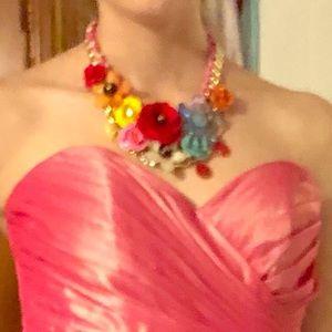 Jewelry - Flowers statement necklace 2019 trend NWT